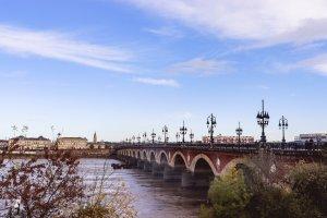 Pont à Bordeaux