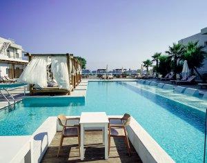 Piscine d'hôtel à Heraklion